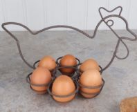 FRENCH SHABBY CHIC METAL CHICKEN EGG HOLDER